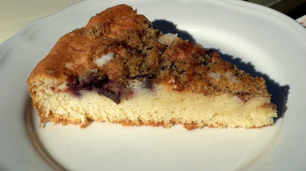 Könnyű, diós-szilvás sütemény